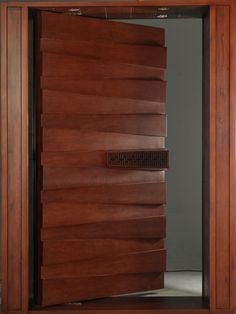 Door Design Interior, Main Door Design, Wooden Door Design, Front Door Design, Wooden Doors, Modern Entrance Door, Home Entrance Decor, Entrance Doors, Railing Design