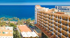 Playadulce Hotel Aguadulce This seafront hotel is surrounded by gardens and has an outdoor swimming pool with free towels and sun loungers. Playadulce offers free Wi-Fi in common areas on the 4th floor.