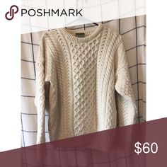 CARRIAGDONN // 100% Wool Irish Sweater Super warm and cozy sweater from Ireland. Gorgeous patterned and fits great. In excellent condition, Carriagdonn Sweaters Crew & Scoop Necks