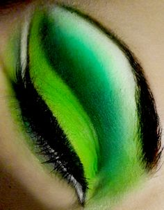Green cut crease for medusa costume