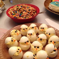 deviled eggs chicks :) gotta do this for Easter