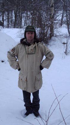 Making a Swedish snowsmock my own. Brilliant snowsmock/ wool coat upcycle :)
