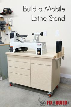 Full details on how to build a mobile lathe stand for your woodshop.  Video and plans available.