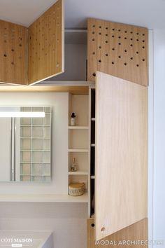 Réaménagement complet d'une salle de bain et annexion des sanitaires sur le palier Decor, Furniture, House, Home, Deco, Bathroom, Entryway, Plywood, Simple Furniture