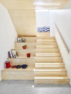 Vergelijkbare trap - deel met dubbele treden als opbergruimte?