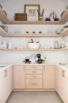 5 Kitchen Design Tips That'll Make Your Space Feel Bespoke white // light wood kitchen nook Wood Kitchen Cabinets, Kitchen Nook, Kitchen Countertops, Kitchen And Bath, Kitchen Decor, Kitchen Tables, Dining Tables, Kitchen Backsplash, Kitchen Furniture