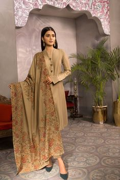 Elegant, Vibrant and Classic! Our Festive Winter Collection 2020 Winter Dresses, Casual Dresses, Semi Formal Wear, Dress With Shawl, Cashmere Shawl, Women Lifestyle, Fashion Updates, Winter Collection, Designer Wear
