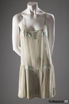 Slips Analytical Vintage Saks Fifth Avenue Parisian Maid Navy Blue Butterfly Satin Half Slip M