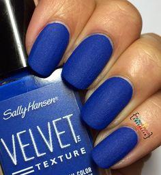 Sally Hansen Velvet Texture Regal