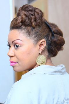 Our owner Tamika Fletcher shows off her fabulous hairstyle at the Naturally Happy Hair Mixer in Houston, TX.