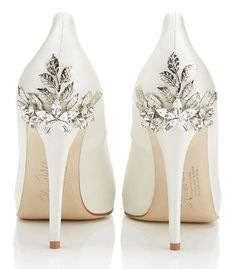Perfect wedding shoes - visit the outlets at Brides book for more great deals from retailers from around the globe at http://www.brides-book.com
