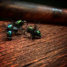 #ivemyrflytying #Dryfly #Myra #ant #flugbindning #flytying #flytyingaddict #flytyingporn #flytyingjunkie #Flugfiske #flyfishing #flyfishingnation #flyfishingjunkie #hendsflyfishing #Hendshooks #mayfly_se #grayling #graylingcandy #Trout #Browntrout #thightlines