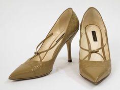 Louis Vuitton  size 39 - http://www.pandoradressagency.com/latest-arrivals/product/louis-vuitton-61/