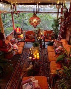 Imagine relaxing on this porch enjoy a cool bevera Bohemian House Decor bevera Bohème Cool ENJOY Imagine porch relaxing Bohemian House, Boho Home, Bohemian Style, Boho Chic, Boho Hippie, Bohemian Patio, Bohemian Theme, Hippie Style, Modern Hippie