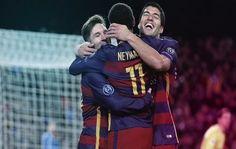 Con otro golazo para añadir a su interminable colección y un pase filtrado que originó el segundo tanto, Lionel Messi permitió al Barcelona sumar su décima victoria seguida