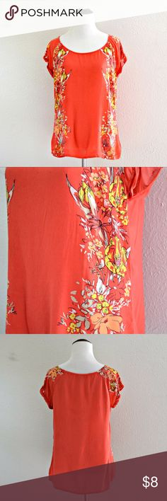 """Pink Floral Top Old Navy pink floral printed short sleeved top. In excellent condition!  