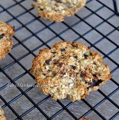 Des cookies parfumés, croquants, et très peu caloriques ! Ils nécessitent très peu d'ingrédients et moins de 5 minutes de temps de préparation ! Bon, c'est sûr que ça n'a rien à voir avec des cookies classiques, c'est très « light » et forcément le goût...