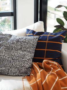 marimekko tiiliskivi orkanen Home Decor Inspiration, Home Living Room, Interior, Decor Design, Cozy House, Home Furniture, Home Decor, House Interior, Home Deco