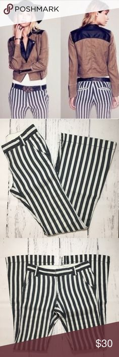 "Free People Striped Flare Pants ✔️Flare Leg ✔️Inseam: 32"" ✔️Linen•Rayon•Spandex Blend ✔️Front and Back Pockets ✔️Excellent Used Condition Free People Pants"