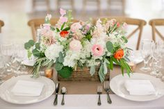 STEMS Floral Design || Wedding Vendor We Heart || PHOTO SOURCE • THE NICHOLS PHOTOGRAPHERS
