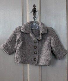 Gebreid baby vestje. Lief voor een meisje. Stoer voor een jongen.