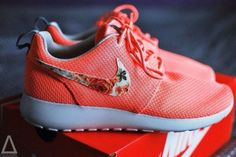 Floral Nikes - Shop for Floral Nikes on Wheretoget