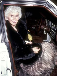 Actress Barbara Stanwyck on April 6 1980 dines at Chasen's Restaurant in Beverly Hills California Hooray For Hollywood, Golden Age Of Hollywood, Classic Hollywood, Old Hollywood, Barbara Stanwyck Movies, The Lady Eve, Christmas In Connecticut, John Forsythe, The Thorn Birds