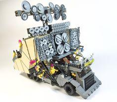 레고로 만든 '매드맥스 : 분노의 도로의 자동차들(사진)