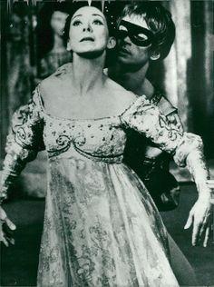 Vintage photo of English ballerina Margot Fonteyn is dancing with partner Rudolf | eBay