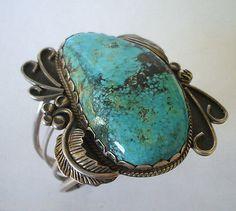 Huge-Vintage-Navajo-PILOT-MOUNTAIN-TURQUOISE-Cuff-Bracelet-109-grams-STERLING