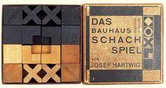The Bauhaus chess set by Josef Hartwig, produced at the Bauhaus Dessau ca. Needle Felted Ornaments, Felt Ornaments, Max Ernst, Walter Gropius, Moma, Graphic Design Illustration, Illustration Art, Used Legos, Bauhaus Design