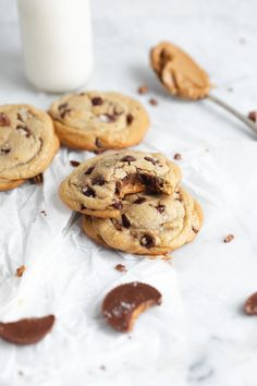 Reese's Cookies - Broma Bakery Chocolate Chip Cookies, Reese's Chocolate, Semi Sweet Chocolate Chips, Peanut Butter Cups, Biscuits, Broma Bakery, Holiday Cakes, Reese's Cookies, Stuffed Cookies