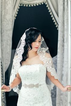 Hey, I found this really awesome Etsy listing at https://www.etsy.com/listing/189319384/lace-veil-mantilla-spanish-bridal-veil