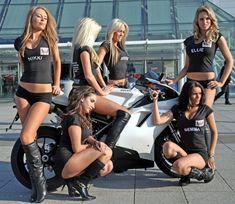 Hot babe with a Ducati 848 motorcycle! - Ducati 848 - ID: 589162 Lady Biker, Biker Girl, Girls Club, Motorbike Girl, Motorcycle Girls, Motorcycle Gear, Classic Motorcycle, Grid Girls, Cars Motorcycles