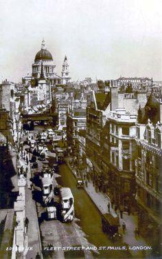 Fleet Street & St. Pauls, London. #postcards
