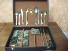 Catawiki, pagina di aste on line  Servizio di posate placcato argento 800 nuovo mai utilizzato