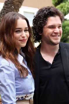 Emilia Clarke and Kit Harrington Famous Celebrities, Celebs, Kit And Emilia, A Dream Of Spring, King Arthur Legend, Kit Harrington, Game Of Trones, King In The North, Hbo Game Of Thrones