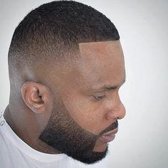 Check out these 25 cool buzz cut styles for clean cut and out there looks. Or go bold with color or hair designs. Buzz Haircut, Waves Haircut, Thick Beard, Beard Fade, Taper Fade, Buzz Cut Styles, Buzz Cut With Beard, Beard Shapes, Shaved Hair Designs