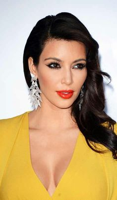 Kim kardashian #hair/makeup ... love the tomato red lip!!!!!!!