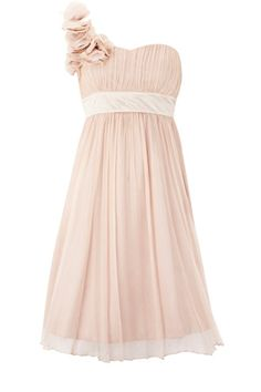 so pretty and flowy. and of course my favorite... one shoulder
