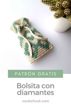 Get this free crochet pattern for a mini green diamond bag (pouch). It can be a nice handmade present. Crochet Pouch, Crochet Purses, Crochet Gifts, Easy Crochet, Free Crochet, Knit Crochet, Crochet Bags, Tapestry Crochet Patterns, Knitting Patterns