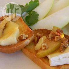 Pear and Brie bruschetta @ allrecipes.co.uk