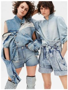 VICKY DENIM JACKET IN ELLE DENIM ISSUE Look Rock, Summer Books, Overall Shorts, Jeans, Ideias Fashion, Overalls, Ruffle Blouse, Denim, Womens Fashion