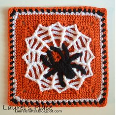 Ravelry: Project Gallery for Tangled Web Afghan Block pattern by Julie Yeager Crochet Squares Afghan, Crochet Quilt, Thread Crochet, Crochet Motif, Crochet Crafts, Yarn Crafts, Granny Squares, Crochet Afghans, Crochet Blankets