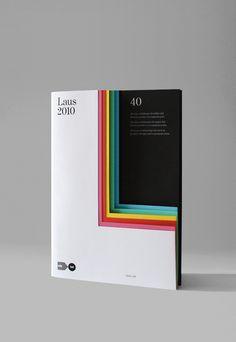 Laus 201 by Hey  - 캐릭터 별로 메인 컬러 정해서 이런식으로 책을 덮었을 때도 컬러를 보고 바로바로 캐릭터 소개 페이지로 갈 수 있도록
