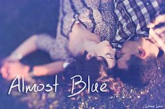 Reseña | Almost blue