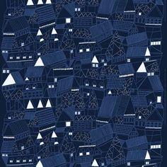 De charmante Kujilla stof is gemaakt door Aino-Maija Metsola voor het Finse Marimekko. Kujilla staat voor 'brandgangen', die zijn afgebeeld met gebouwen en huizen. Gebruik de stof als gordijn of maak er modieuze kussenhoezen van voor de bank! Combineer met andere stijlvolle producten van Marimekko om uw huis te versieren! Kies uit verschillende kleuren.