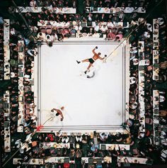 Muhammed Ali knocks out Cleveland Williams to take the title. Neil Leifer, Goat / Taschen. Aufnahme 1966