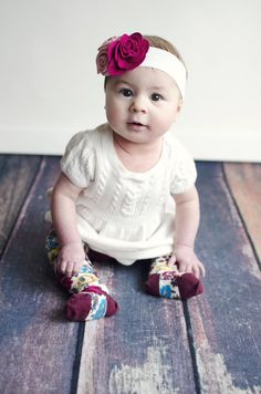 6 month pics. 6 month old picture ideas. fort wayne indiana photographer