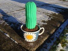 Når genbrug bliver guld...: DIY: Hæklet kaktus